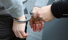 Арестуваха майка и син във Вара за контрабандни цигари и ракия