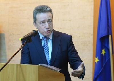 Правосъдният министър проф. Янаки Стоилов