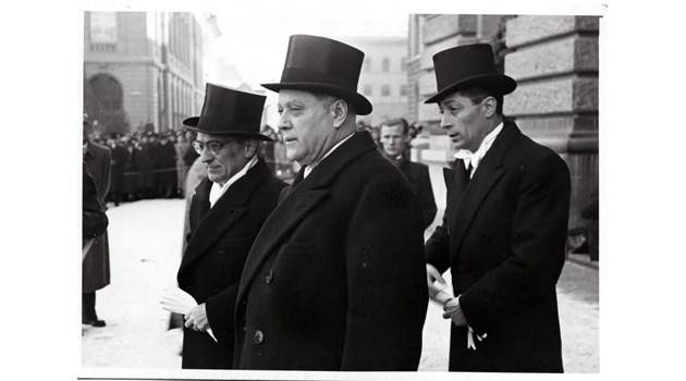 Как премиер от царска България става агент на ДС и проваля правителство в изгнание на Симеон