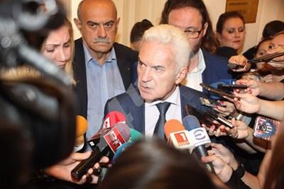 Сидеров потвърди за физическия сблъсък с Касабов  СНИМКИ: Румяна Тонева