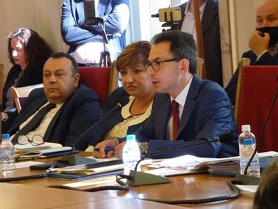 Хамид Хамид, Анна Александрова и Андрей Михайлов (от ляво на дясно) СНИМКА: Румана Тонева