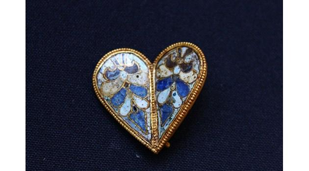 В Преслав изкопаха златното сърце на царица Мария