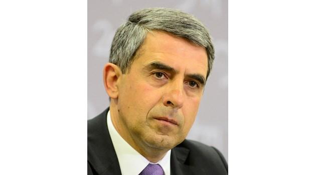 Добре е българските политици да благодарят, но да не се кланят на Русия