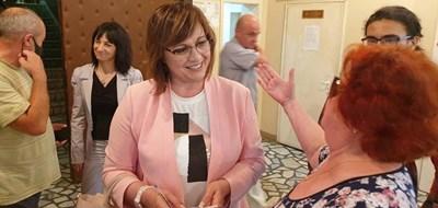 Лидерът на БСП Корнелия Нинова на среща със социалисти в Търговище