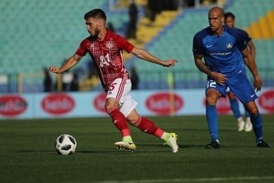 Състоянието на Кристиян Малинов е малко по-добро, но въпреки това и той пътува за Белград. Снимка БЛАГОЙ КИРИЛОВ