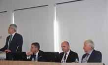 135 000 българи ще плащат 50 лв. повече за осигуровки (Обзор)