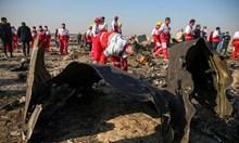 """Украинският """"Боинг"""" вероятно е свален от ракета тип """"Игла"""". Иран крие и не съобщава и за SOS сигнали от самолета"""