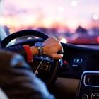 Трикове, които ще улеснят живота на шофьорите през зимата