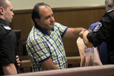 Кметът на Костенец Радостин Радев се изправи пред спецсъда. СНИМКА: Румяна Тонeва