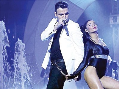 ТАНДЕМ: Индира е важна част от шоуто на Влади Ампов-Графа.