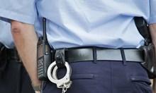 Пиян полицай се заби в билборд в Пловдив