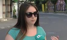 Хотелиерът, който нападна израелски туристки, два дни по-късно тормозил тяхна сънардоничка. Псувал, обиждал и заплашил, че ще я пребие