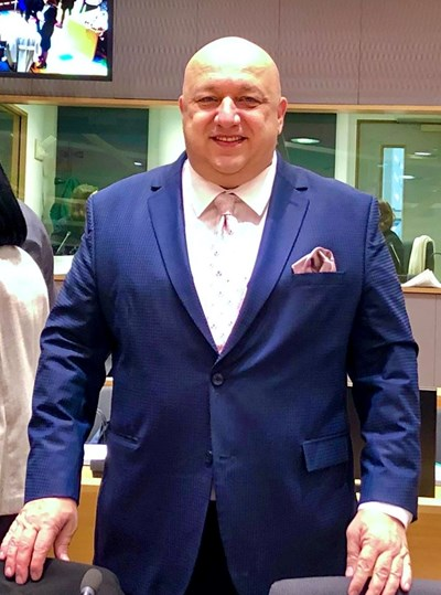 Министър Кралев: Подкрепете кампанията на МЗ за българските медици!