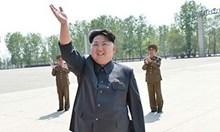 Ким Чен Ун зарежда ядрени бойни глави