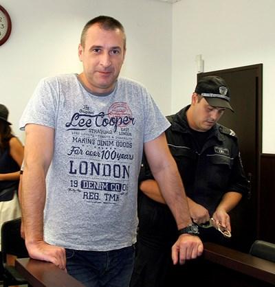 Венцеслав Караджов е обвинен за двойното убийство на родителите си