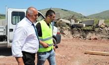 """Борисов провери строежа на АМ """"Европа"""": Като дойдат още по-големите заводи и тази магистрала ще отеснее"""