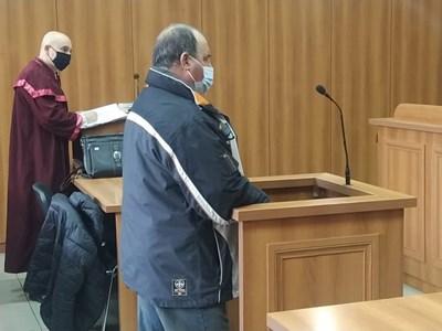 Обвиненият за палежа в съда