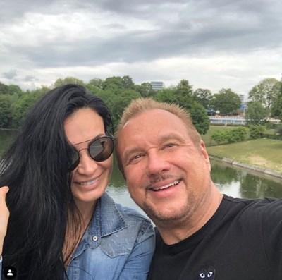 Цеци Красимирова със съпруга си Майкъл  СНИМКА: инстаграм/krasimirovaceci