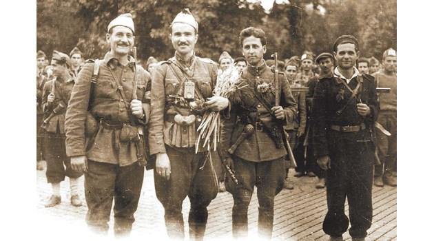 1985 г.: Генерал иска властта от Живков