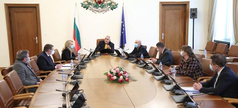 Бойко Борисов събра министри на съвещание за мерките срещу коронавируса.