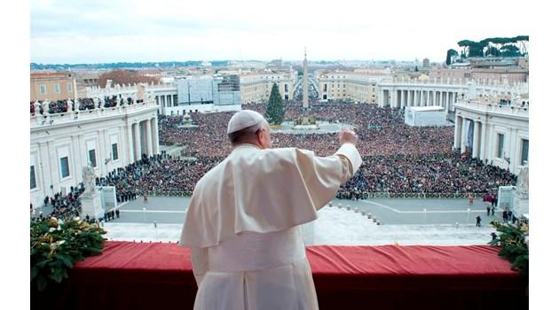Опасен ли е Ватиканът за света? Обвиняват църквата за множество убийства, включително на Линкълн и Кенеди