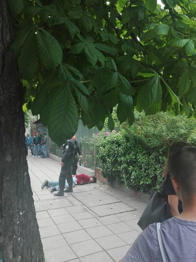 Георгиев бе арестуван на спирката на тролея. СНИМКА: ЕЛЕОНОРА КЪЛВАЧЕВА