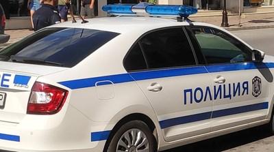 25-годишен строшил прозорец на павилион в Горна Оряховица