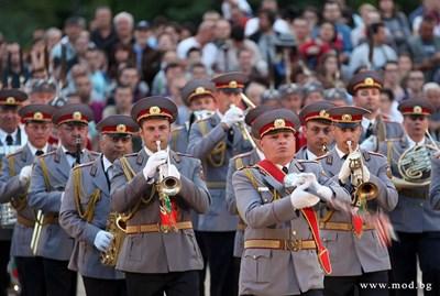 Военните музиканти са емблема на Велико Търново