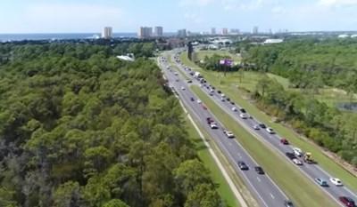 Задължителни евакуации са разпоредени за голяма част от крайбрежието на Северозападна Флорида.  Кадър: youtube/CBS This Morning