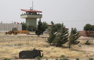 Сирия обвини Турция, че е изпратила конвой с оръжия в Идлиб