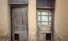 Празни къщи. Напуснатата България