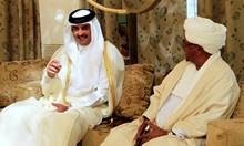 Втора Арабска пролет? Не, просто емиратците превземат света от катарците