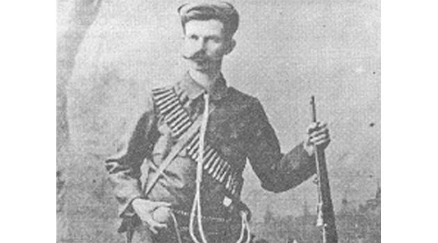 1000 войводи провокират Белград