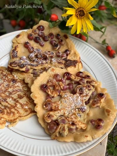 Есенни палачинки с грозде
