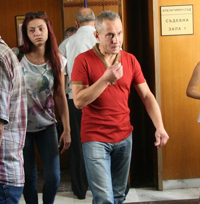 Георги Доков дойде свободен в Пловдивския апелативен съд, но в залата бе арестуван. СНИМКА: Евгени Цветков