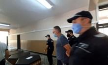 2000 лв. гаранция за Каплата за незаконни патрони, остава в ареста обаче за закана с убийство