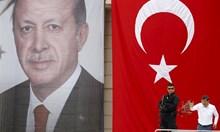 Любомир Шопов: Турция си връща по нов начин земите на Османската империя