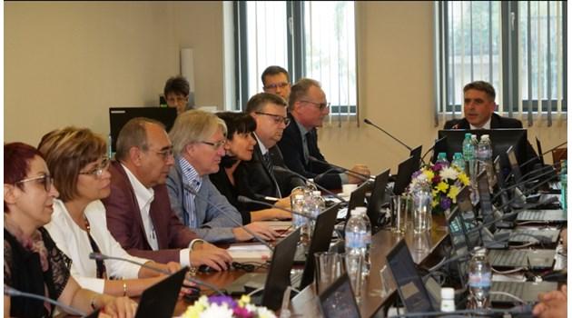 Без кандидати за главен прокурор на първото заседание на ВСС