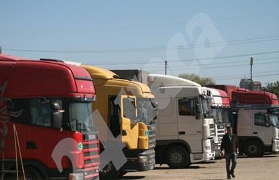 При възходящ пазар и огромно търсене на услугата много камиони на нашите фирми бездействат, защото нямат шофьори. СНИМКА: 24 часа