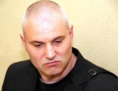 Петко Лисичков в Бургаския окръжен съд през април 2011 г.