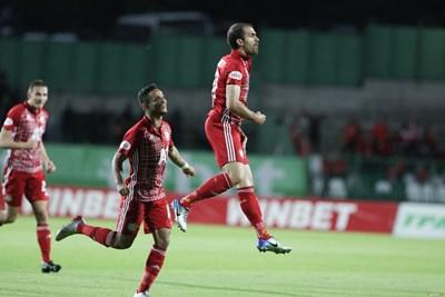 """Тиаго се радва на гола си срещу """"Берое"""". СНИМКА: Клубен сайт"""