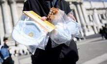 Детективи търсят кой внесе заразата в Италия