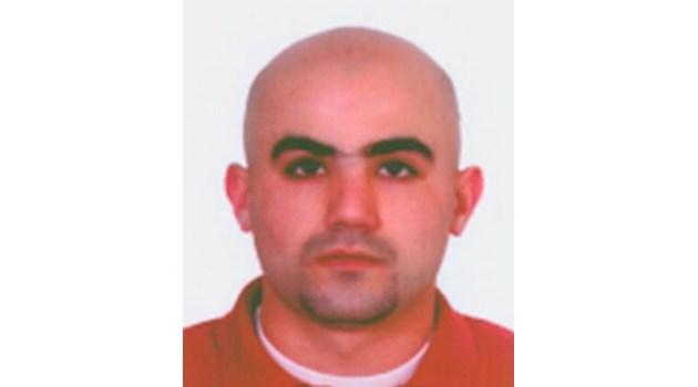 Помагач на атентатора от Бургас носил садомазо играчки в куфар