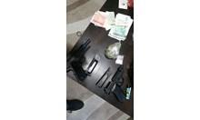 Арестуваха трима в Пловдив с наркотици и оръжия