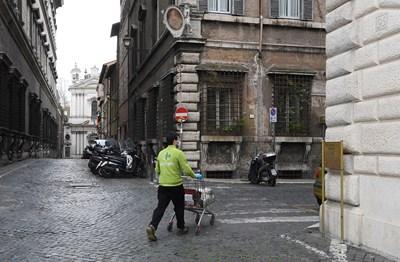 Ново увеличение на случаите на зараза с новия коронавирус в Италия за последното денонощие. СНИМКА: Ройтерс