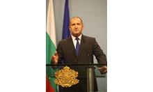 Оставките не са решение, а бягство от отговорност. Авторитаризмът не е бъдещето на България