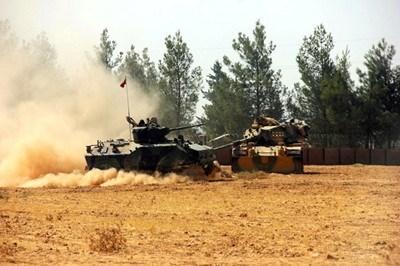 """Турската артилерия е открила огън срещу обекти на обявената за терористична групировка Работническа партия на Кюрдистан и партията """"Демократически съюз"""", разположени в сирийската провинция Африн СНИМКА: Ройтерс"""