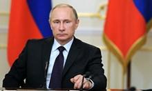 Когато туморът на тоталитаризма взе отново да расте в Москва, в цяла Източна Европа се активириха разсейките
