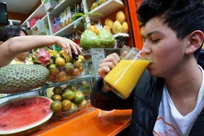 В чаша сок трябва да има само 20% плод, останалото да е зеленчуци СНИМКА: РОЙТЕРС
