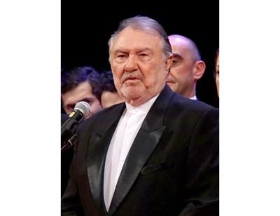 82 години навършва днес Васил Михайлов
